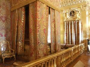 Versailles Bedroom Wallpaper Images Of King And S Bedrooms Palace Of Versailles