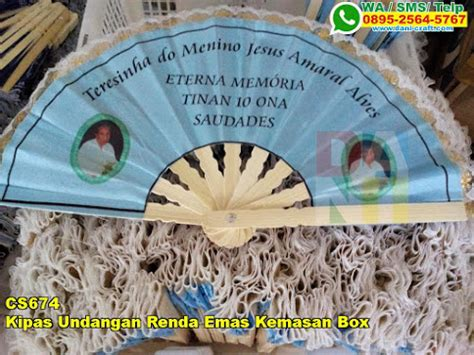 Souvenir Pernikahan Kipas Mahkota Emas Box kipas undangan renda emas kemasan box souvenir pernikahan