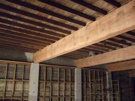 finte travi in legno per soffitti travi in legno travi caratteristiche delle travi in legno