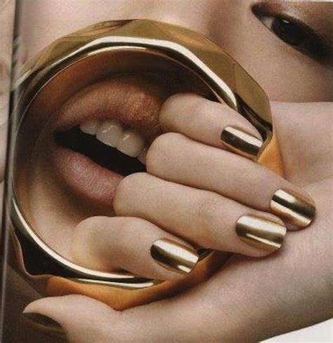 Gouden Nagellak by Paint It Gold Girlscene