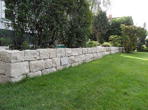 trockenmauer juramarmor kalkstein mit treppenanlagen
