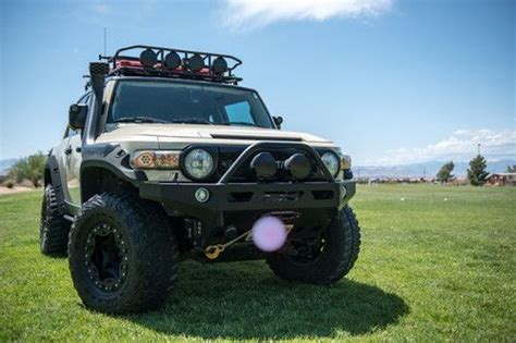 buy   supercharged toyota fj cruiser highly offroad modified  las vegas nevada