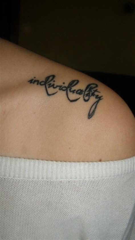 female shoulder blade tattoo designs designs for on shoulders blade top fashion