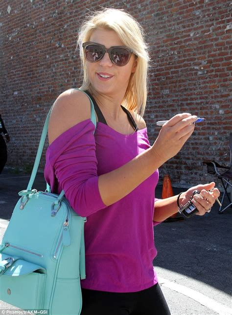 Jodie Sweetin Has Talent by With The Jodie Sweetin Flashes Bra In