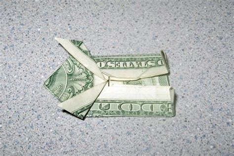 Dollar Origami Frog - origami money frog slideshow