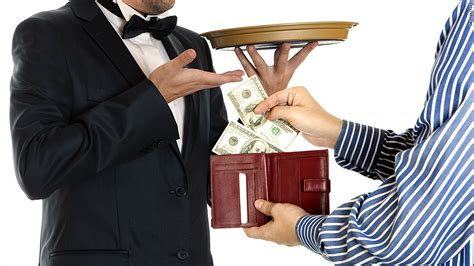 how much tip for hotel room how much should you tip housekeeping a travel tipping guide oct 16 2014
