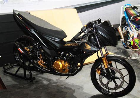 Knalpot Honda Sonic gambar inspirasi modifikasi motor new honda sonic 150r