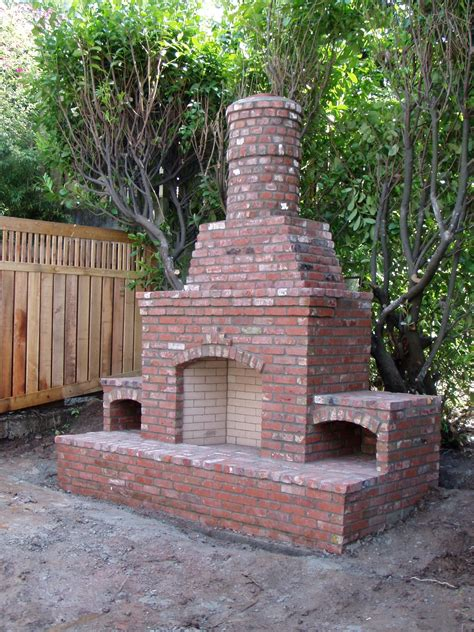 outdoor fireplaces brick outdoor fireplaces