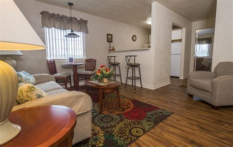 living together but separate bedrooms affordable corporate suites extended stay hotels in va