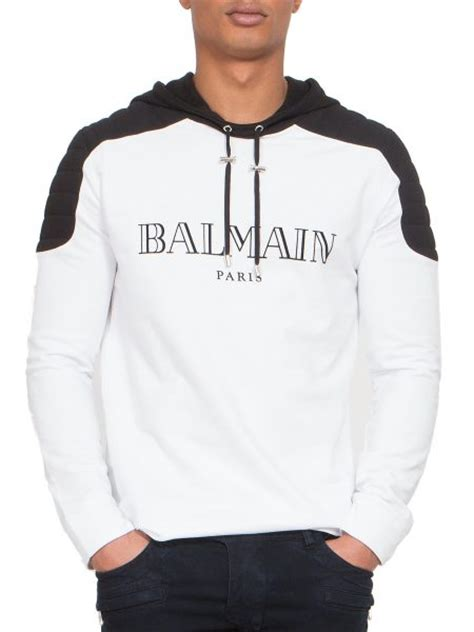 Hoodie I Spotted a boogie spotted in a balmain s white quilted shoulder logo hoodie dmfashionbook