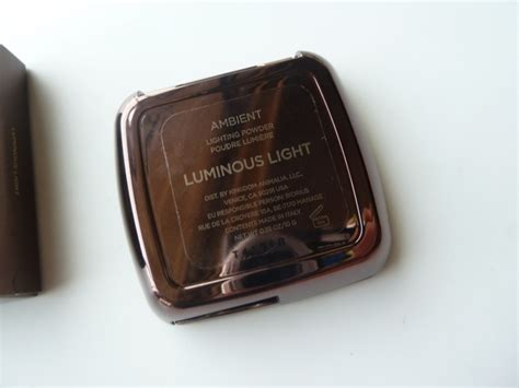 ambient lighting powder review hourglass luminous light ambient lighting powder review
