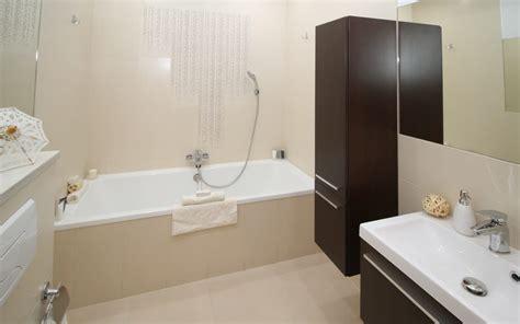pulire calcare doccia pulire soffione doccia