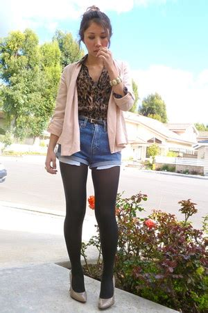 h m light pink blazer light pink h m blazers diy thrifted shorts animal print