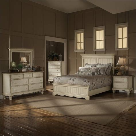hillsdale bedroom furniture hillsdale wilshire 4 piece bedroom set in antique white
