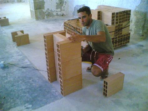 offerte di lavoro piastrellista svizzera la svizzera ricerca muratori italiani risparmio lavoro
