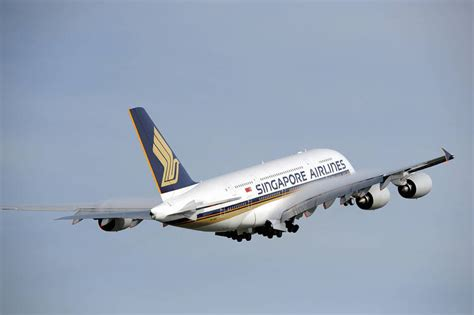 singapore airlines wont extend lease   airbus  jet wsj
