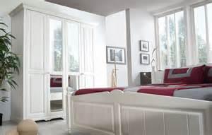 landhaus schlafzimmer komplett pisa landhaus schlafzimmer komplett weiss kiefer