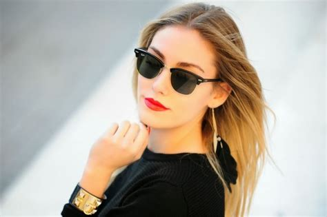 woman wearing ray ban sunglasses must have ray ban glasses for every woman little chumsy