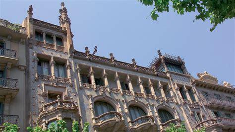 casa thomas visit barcelona