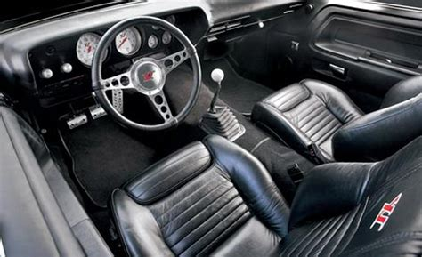 Interior Of A Dodge Challenger by Will The Challenger Be A Convertible In 2014 Autos Post
