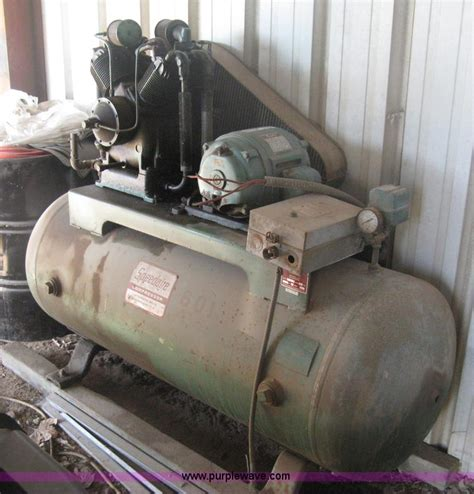 speedaire 1z937 2 air compressor no reserve auction on tuesday october 08 2013