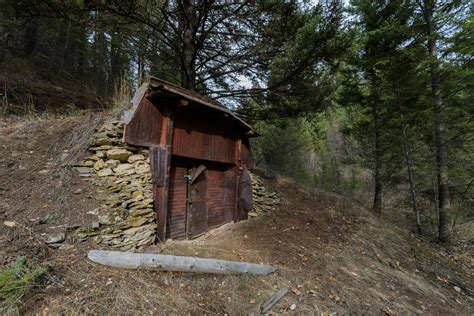 Recreation Area Cabins by Rattlesnake Recreation Area Curry Cabin And Sawmill Gulch