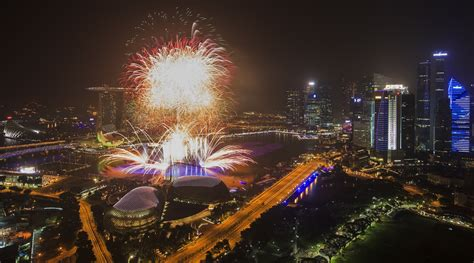 esplanade new year singapore reasons to countdown at marina bay singapore 2015 alvinology