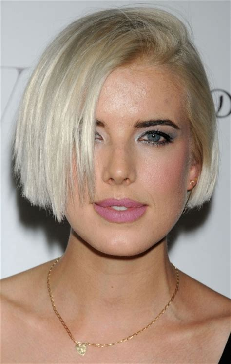 short bob hairstyles with height agyness deyn bra size age weight height measurements