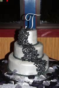 silver and black wedding ideas black and silver wedding cake weddings ideas for april