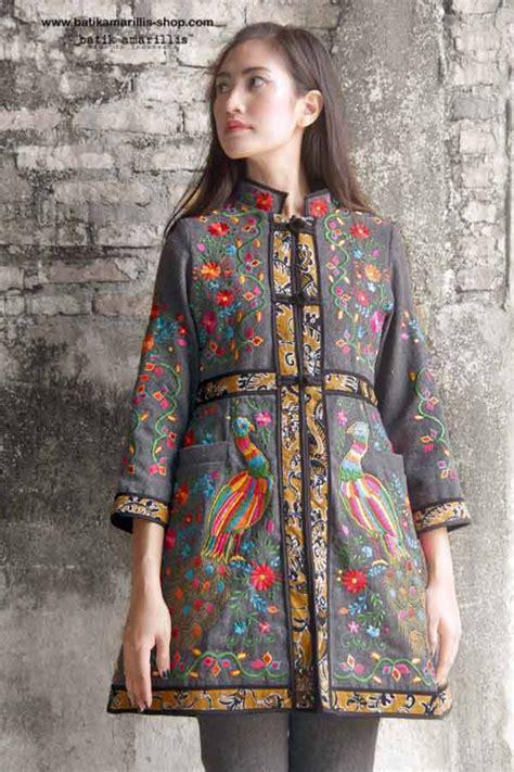 Tunik Atasan Wanita Blouse Etnic Muslimah Motif Batik A070 batik amarillis made in indonesia this is when