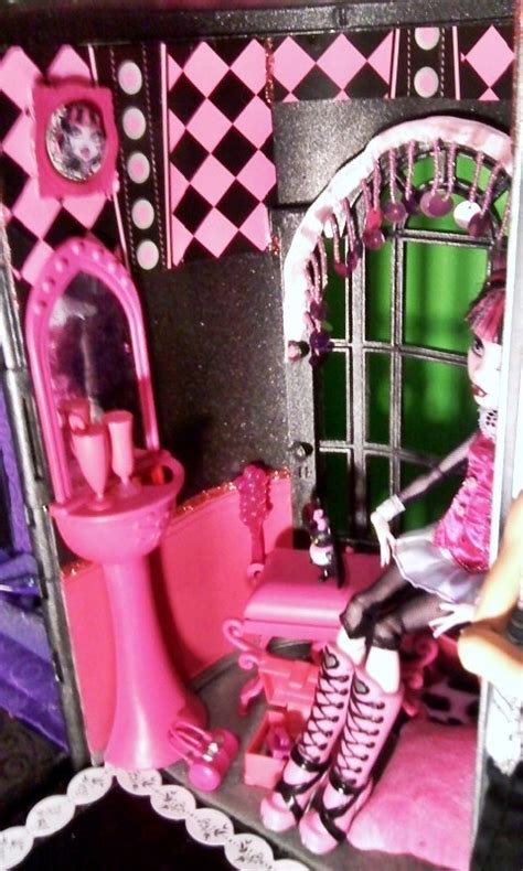 pictures of monster high doll houses monster high custom made doll house monster high photo 21491101 fanpop