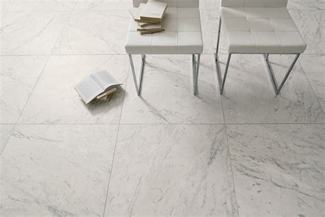 piastrelle marmo marmi bianchi coem ceramiche e piastrelle in gres