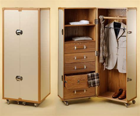 baule armadio baule armadio per cionario abbigliamento o esposizione
