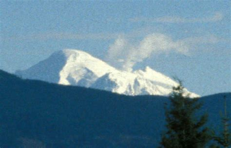 Stelan Pkumy file mount baker steam plume from bellingham wa 1999 jpg