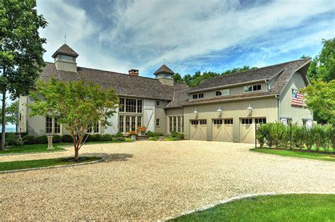 stunning  barn house  southold  finished