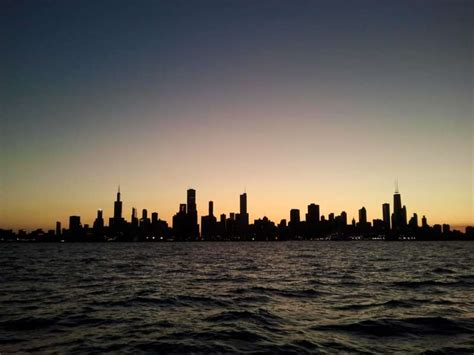 fireworks boat rental chicago navy pier fireworks sailing trip chicago sailboat