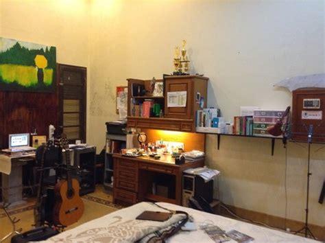 how should i arrange my living room help me to rearrange my room pleaser