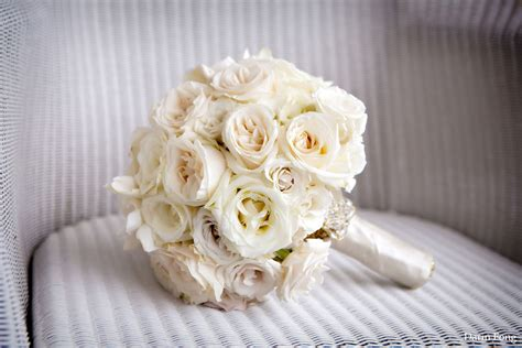 Wedding Flowers Roses by White Roses Wedding Bouquet Ipunya