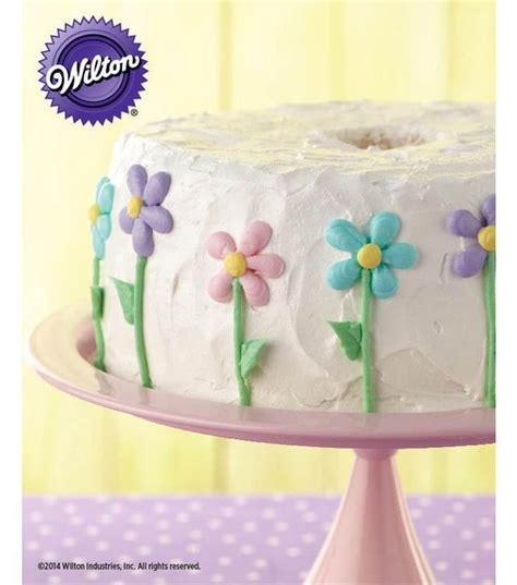 Food Cake Decorating by S Day Dessert Floral Iced Food Cake Recipe