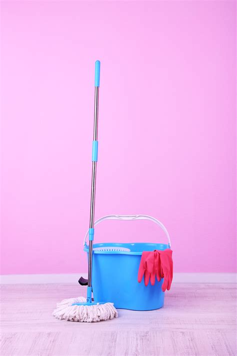 done and dusted cleaners covering cheadle hulme done dusted cleaning services