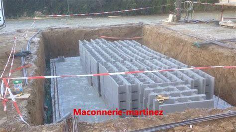 Construire Sa Piscine Parpaings 3596 by Montage Des Agglos De 27 Pour Piscine Ma 231 Onnerie Martinez