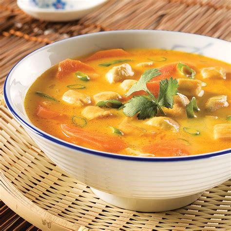 cuisine thailandaise poulet soupe tha 239 landaise au poulet et coriandre recettes