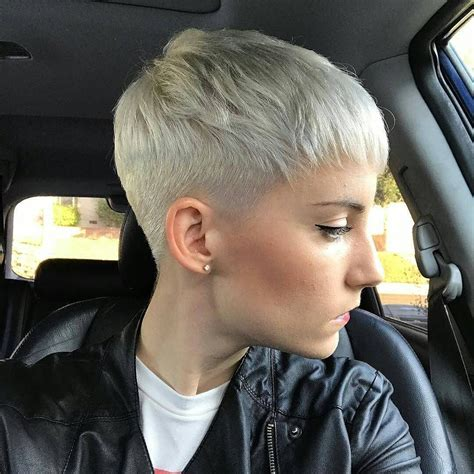women short hairstyles for thick hair plantinum close cropped platinum blonde pixie cut pixie cuts