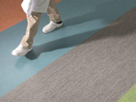 pavimenti in plastica per interni pavimento in pvc pavimento per interni caratteristiche