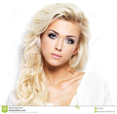 Blont Hår by H 228 Rlig Kvinna Med L 229 Ngt Blont H 229 R Arkivbilder Bild 29524684