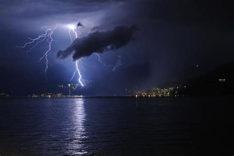 meteo pavia domani e prossimi giorni meteo lombardia violenti temporali in arrivo da
