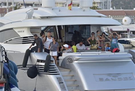 imajenes del yate de cristiano rronaldo fotos cristiano ronaldo de vacaciones con su familia en