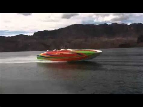 deck boat vs pontoon rough water 50 mph domn8ter deck boat doovi