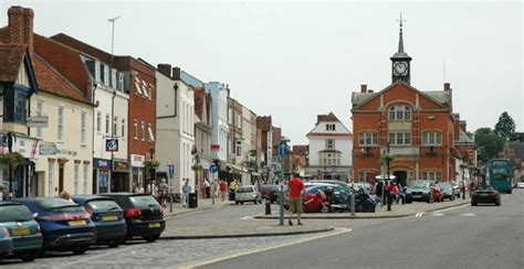Show Homes Interiors a guide to thame a very pretty market town