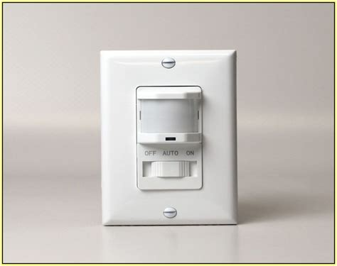 Closet Light Motion Sensor by Closet Light With Motion Sensor Home Design